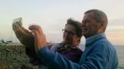 Irma Weiler und ihr Mann Hans beim Selfy mit Sonnenuntergang