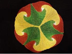 6 Farbenwirbel ergeben eine Kreisfläche mit Ginko-Blättern