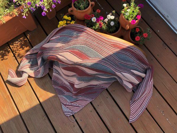 Tuch Gradient von Mira Haase